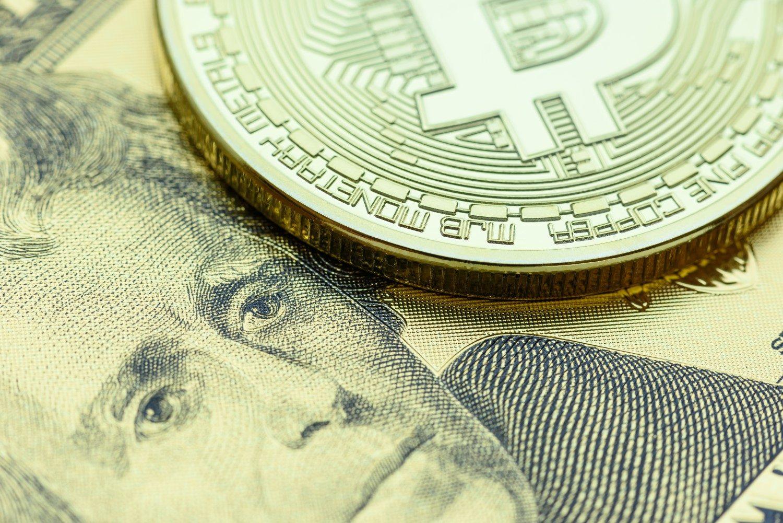 giá bitcoin: Phân tích giá Bitcoin ngày 21/10: Tăng 3% vào cuối tuần giúp BTC hạ nhiệt đà giảm