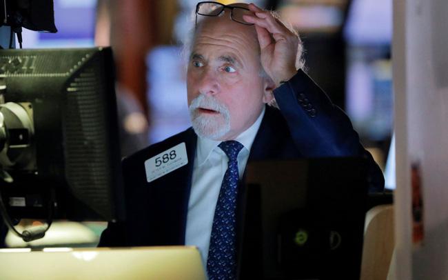 giá bitcoin: Phố Wall chưa hài lòng với quyết định hạ lãi suất của Fed, Dow Jones lại rớt gần 800 điểm sau phiên hồi phục mạnh nhất trong hơn 1 thập kỷ