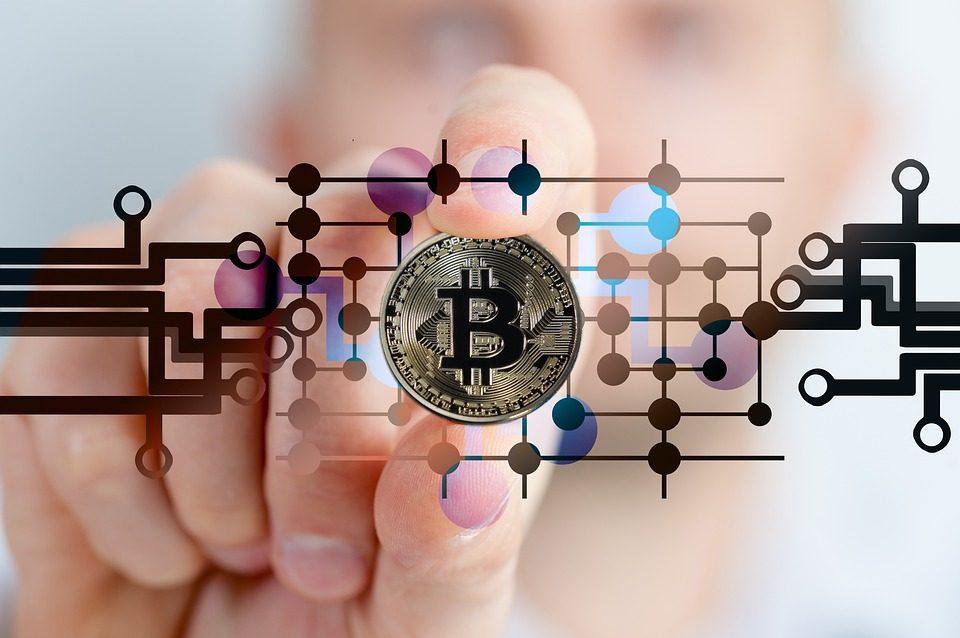 """giá bitcoin: Mạng lưới Bitcoin dịch chuyển 1 tỷ USD chỉ với chi phí của """"1 tách cà phê"""""""