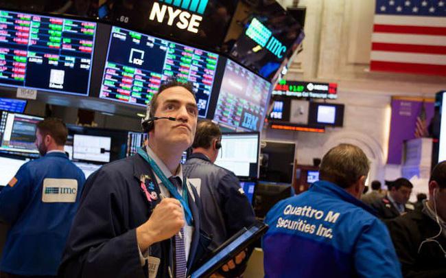 giá bitcoin: Dow Jones bứt phá hơn 200 điểm, chạm ngưỡng 27.000 điểm lần đầu tiên kể từ tháng 7