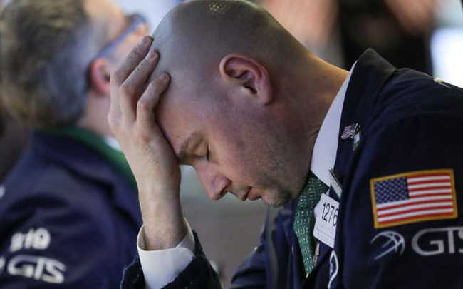 giá bitcoin: Mặc FED hạ lãi suất về gần 0, chứng khoán tương lai Mỹ vẫn giảm thê thảm, Dow futures mất 1.000 điểm