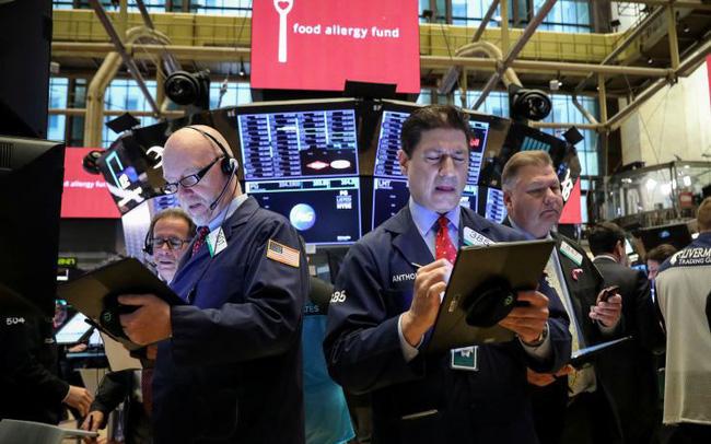 giá bitcoin: Triển vọng cho mùa báo cáo tài chính ảm đạm, Dow Jones rời đỉnh, mất hơn 100 điểm