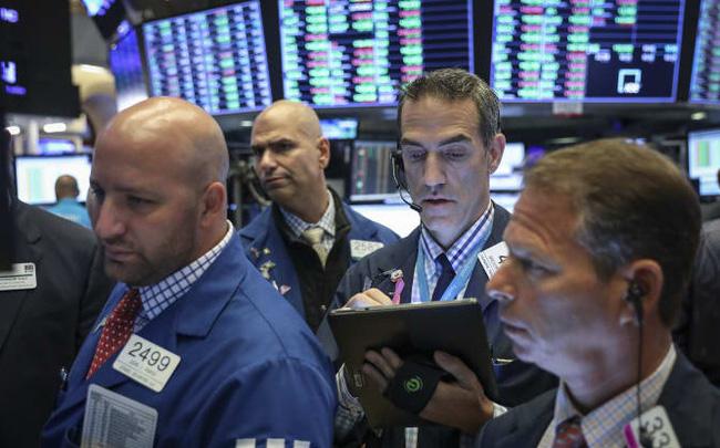giá bitcoin: Tổng thống Trump tuyên bố tăng thuế với Trung Quốc nếu không đạt được thoả thuận, Dow Jones trượt khỏi đỉnh lịch sử