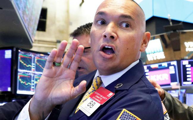 giá bitcoin: Dow Jones bứt phá gần 500 điểm, S&P 500 lại chạm mức cao nhất mọi thời đại
