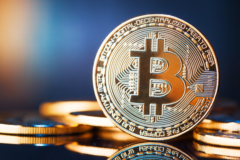 giá bitcoin: Phân tích giá Bitcoin ngày 10/10: BTC có xu hướng tích cực dù SEC đưa ra quyết định bác bỏ ETF
