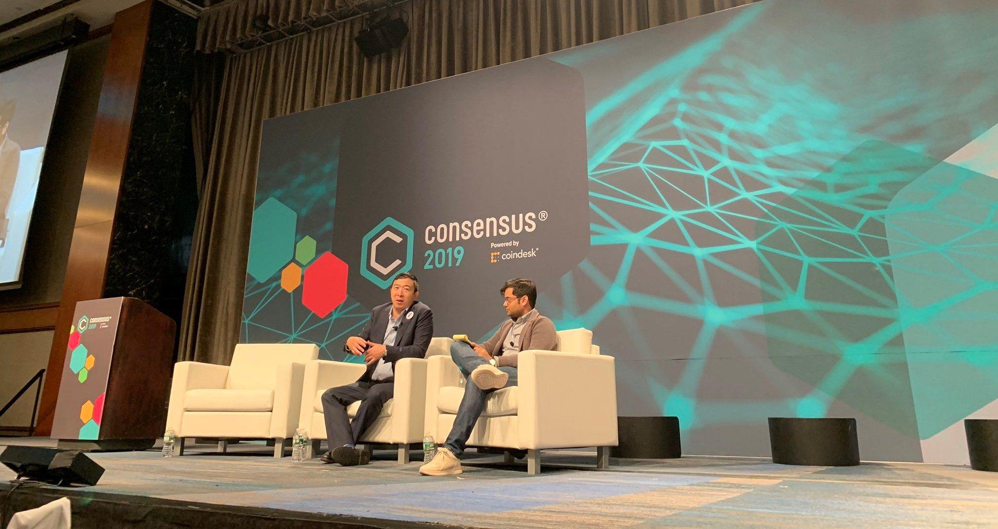 giá bitcoin: Ứng cử viên tranh cử Tổng thống Andrew Yang tin Blockchain sẽ là tương lai nước Mỹ
