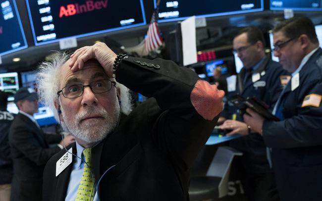 giá bitcoin: Dự luật kích thích kinh tế lớn chưa từng có được thông qua, Phố Wall diễn biến trái chiều, Nasdaq giảm điểm