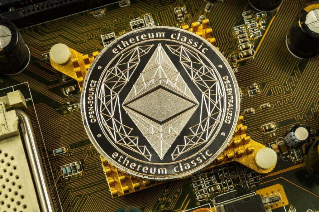 giá bitcoin: Ethereum Classic theo bước ETH với Phoenix Hard Fork