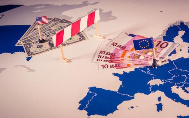 giá bitcoin: Các thương hiệu xa xỉ hàng đầu châu Âu có thể trở thành nạn nhân của thương chiến Mỹ - EU