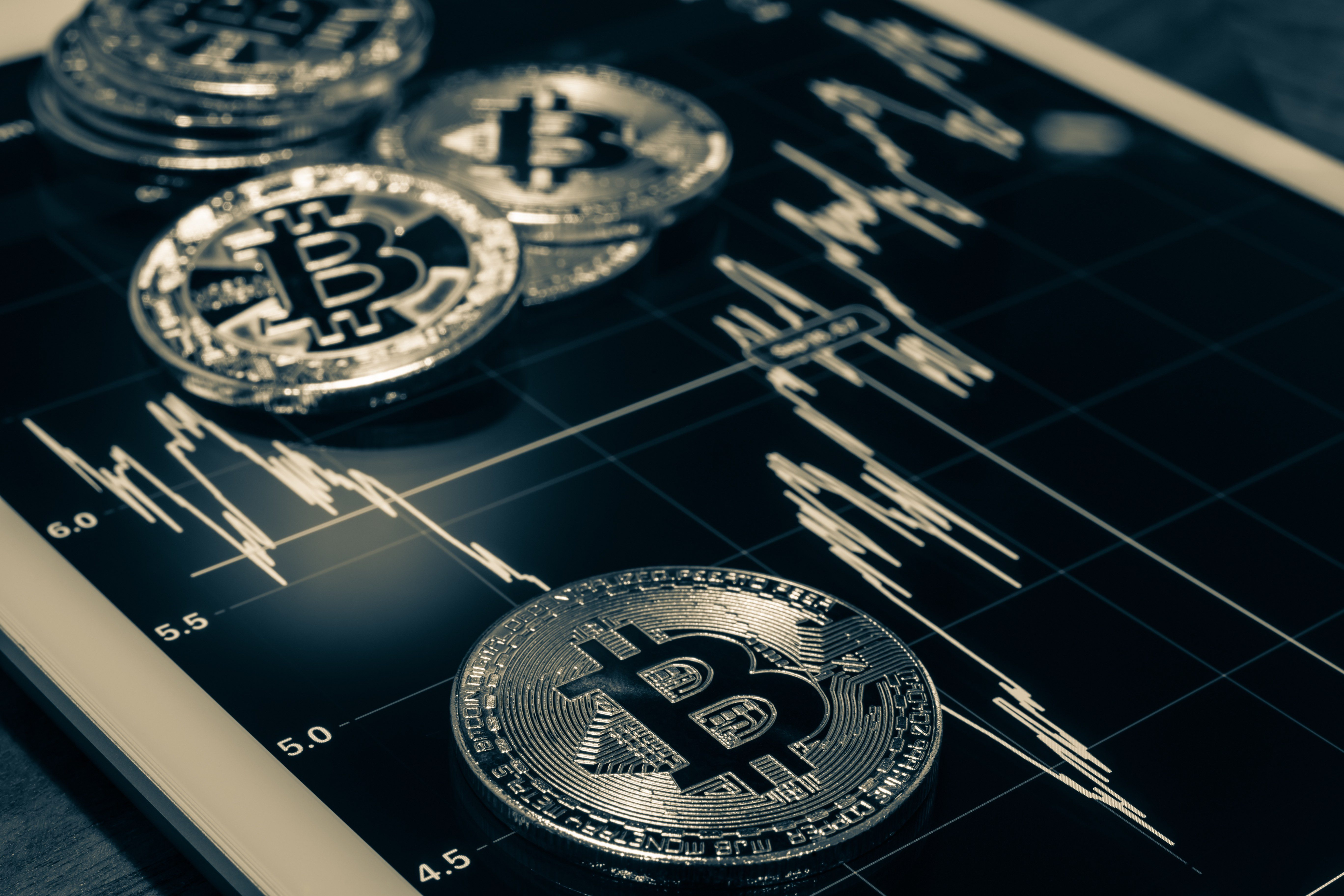 giá bitcoin: Số lượng địa chỉ ví Bitcoin trị giá hơn 100,000 USD đạt ngưỡng cao lịch sử