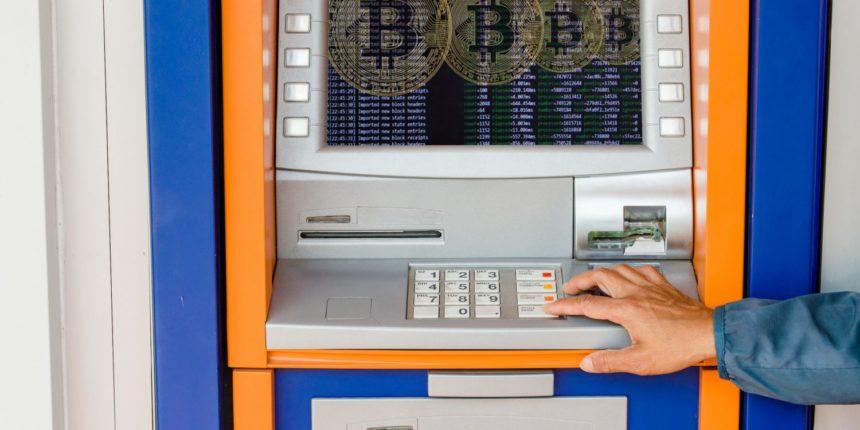 giá bitcoin: IRS cảnh báo hiện tượng rửa tiền và trốn thuế bằng tiền điện tử ở ATM Bitcoin