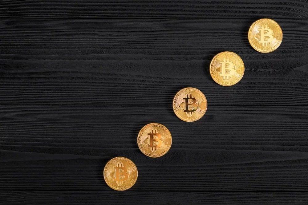 giá bitcoin: Phân tích giá 09/07: Chỉ số thống trị cán mốc cao nhất 2 năm, Bitcoin tăng vọt lên $12k8