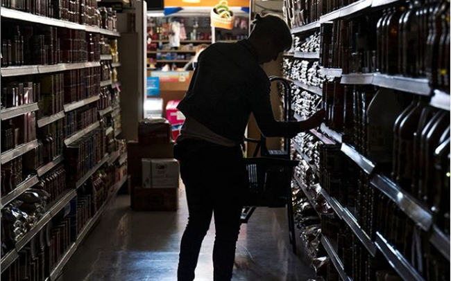 giá bitcoin: Chuyện lạ: Bang California bị cắt điện trên diện rộng, hàng triệu người rơi vào cảnh mất điện, cả 1 vùng đô thị lớn chìm vào bóng tối