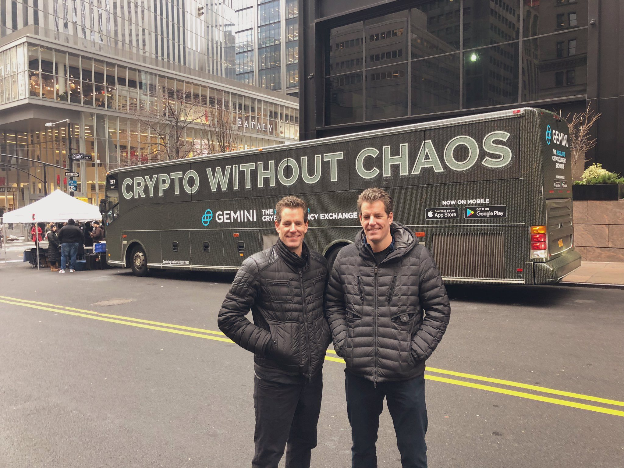 """giá bitcoin: Anh em tỉ phú Winklevoss: """"Tứ đại gia"""" FANG sau 2 năm nữa kiểu gì cũng sẽ phát triển đồng tiền điện tử riêng"""
