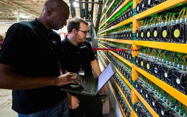 giá bitcoin: Bitcoin thất thế, cơ hội tuyển kỹ sư tiền ảo cho các hãng công nghệ