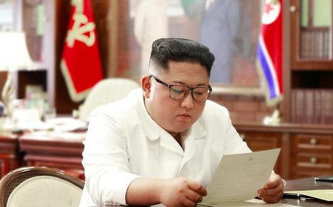 giá bitcoin: Kim Jong Un nhận thư riêng 'thú vị' từ ông Trump