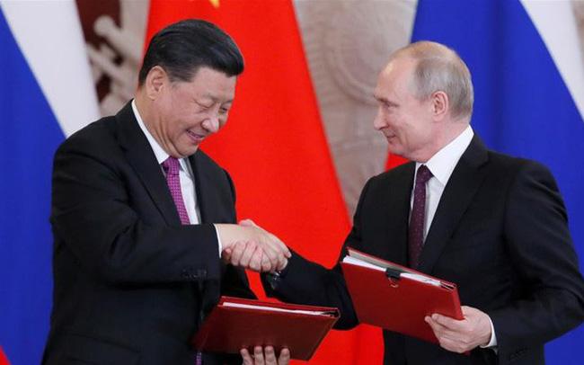 giá bitcoin: Kẻ thù của kẻ thù là bạn: Bị Washington và châu Âu liệt vào danh sách đen, Huawei