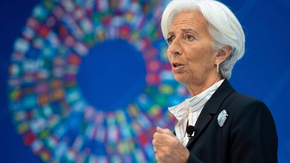 giá bitcoin: Giám đốc Christine Lagarde của IMF khuyến khích đối thoại mở về pháp lý cho tiền điện tử