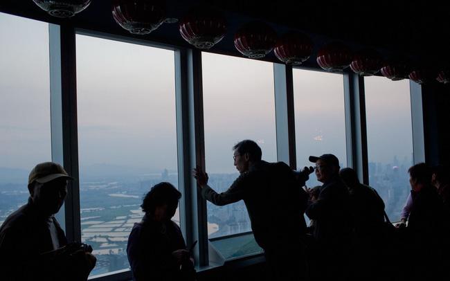 giá bitcoin: Bi kịch của những người xây nền đặt móng cho 'Thung lũng Silicon' Trung Quốc: Mắc bệnh hiểm nghèo vì cống hiến cho thành phố, nhưng cuối cùng chỉ biết
