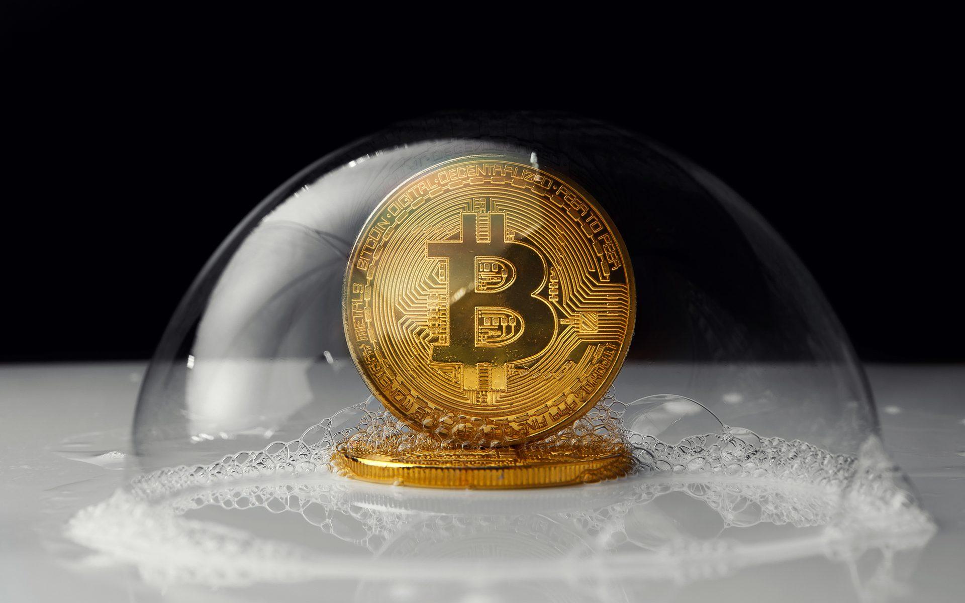 giá bitcoin: Bitcoin xuất hiện mô hình 2 đỉnh và một biến cố lớn sắp đến