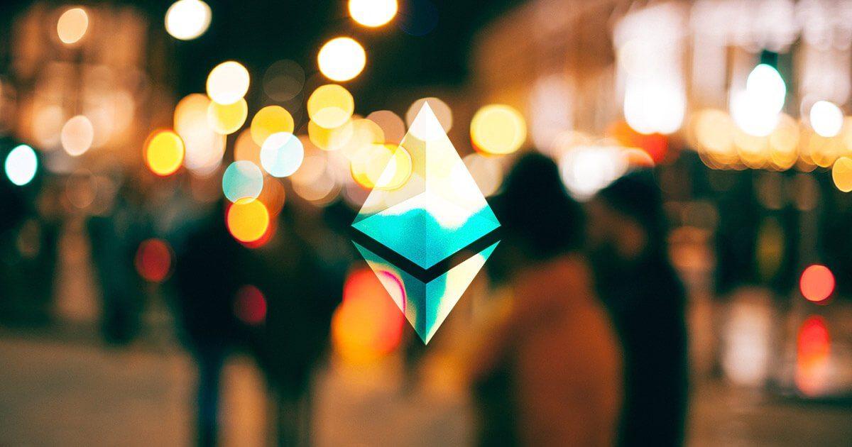 giá bitcoin: Mạng lưới Ethereum sôi nổi trở lại, phí giao dịch tăng mạnh có khiến hệ thống gặp rủi ro tắc nghẽn?